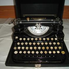 Masina de scris UNDERWOOD made in U.S.A. vintage