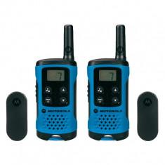 Set 2 stații de emisie-recepţie Motorola TLKR T41