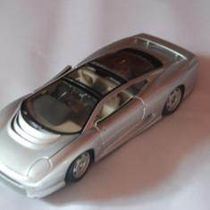 Macheta Auto Jaguar XJ220 1/18 Maisto