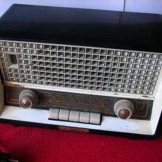 Aparat radio - APARAT DE RADIO VECHI PE LAMPI PHILIPS