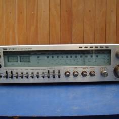 Amplificator audio - Receiver vintage ITT Hi-fi 8033 impecabil