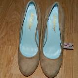 Pantofi dama crem