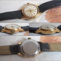 Ceas vechi de dama VESNA, placat cu aur, 17J, functional - Ceas de mana
