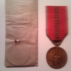 Ordin/ Decoratie - Medalia Cruciada Impotriva Comunismului 1941 cu panglica si plicul original !!