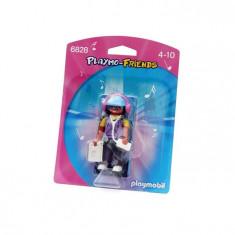 Figurina - Ascultatorul De Muzica Playmobil