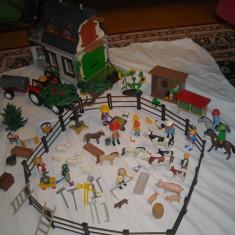 Playmobil - Ferma cu tractor si accesorii