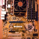VINTAGE Kit 939 ASUSTek ASUS A8N5X R1.00G CPU AMD Athlon 64 3000+ 512 MB DDRAM - Placa de Baza Asus, Pentru AMD, Contine procesor, ATX