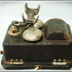 CARCASĂ CU SONERIE DE LA UN TELEFON VECHI DE EPOCĂ DIN TABLĂ MASIVĂ - 1, 7 KG! - Metal/Fonta, Sonerii