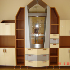 Vitrina living - Mobilă sufragerie
