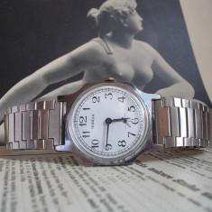 Ceas de mana - Ceas rusesc de colectie POBEDA cal. ZIM 2602, functional