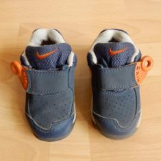 Ghete Nike; marime 21 (11 cm talpic interior); impecabile - Ghete copii, Culoare: Din imagine