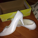 Pantofi dama - Pantofi albi din piele Marelbo