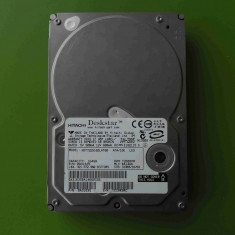 Hard Disk HDD 160GB Hitachi HDT722516DLAT80 ATA IDE - DEFECT, 100-199 GB, Rotatii: 5400, 2 MB