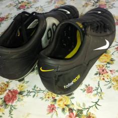 Ghete fotbal - Nike Total90 III