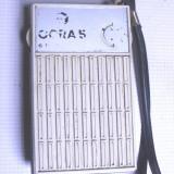 radio vechi de colectie rar; este relativ functional butonul de sonor e defect