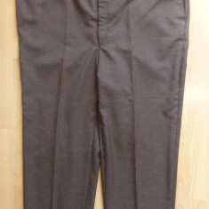 Pantaloni XXXL - Pantaloni gala; marime 61: 125 cm talie, 100 cm lungime, 65 cm crac etc.; ca noi