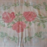 Traversa/covor vintage din iuta model trandafiri