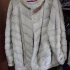 Haina blana vulpe argintie - Palton dama, Marime: XL, Culoare: Argintiu