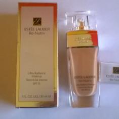 Fond de Ten ESTEE LAUDER Ultra Radiance Makeup SPF 15/30 ml, Lichid