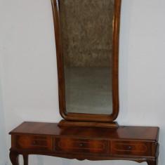 Toaleta superba cu intarsie; Comoda; Dulap cu oglinda - Mobilier, Comode si bufete, Dupa 1950