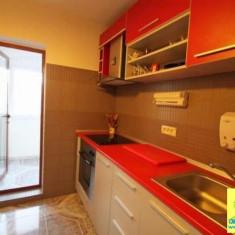 Inchiriez 2 camere, zona gara, lux, centrala gaze - Apartament de inchiriat, 60 mp, Numar camere: 2, An constructie: 1990, Etajul 3