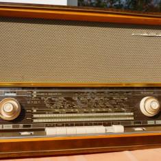 Radio vintage cu lampi SABA freudenstadt 125 Stereo - Aparat radio, Analog, 0-40 W